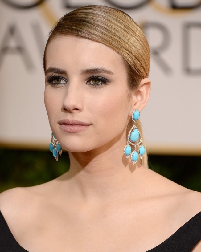emma-roberts-golden-globes-2014-red-carpet-08