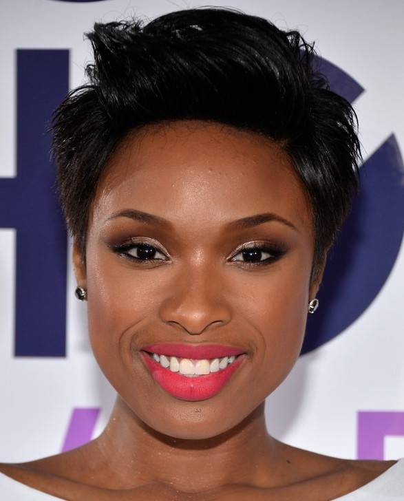 jennifer-hudson-peoples-choice-awards-2014-red-carpet-08